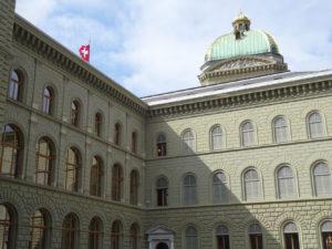 Bundeshaus Eichenfenster