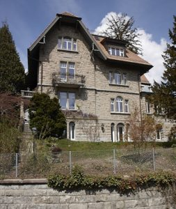 Villa Kölliker antike Fenster