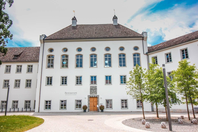kloster-rheinau-neue-holzfenster